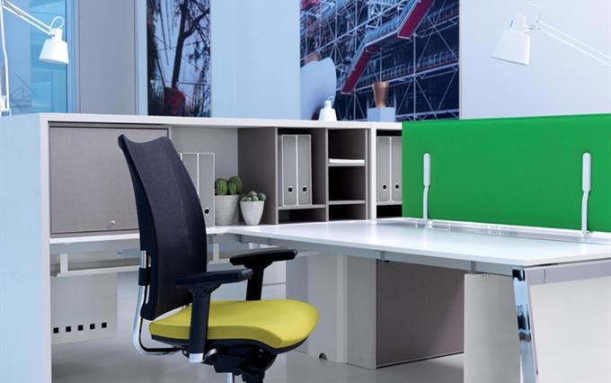 Sedie Ufficio Catania : Poltrone operative e professionali schienale in rete sedie per