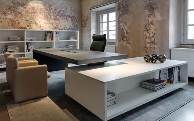 Tavoli direzionali tecno scrivanie direzionali design for Ufficio stampa design