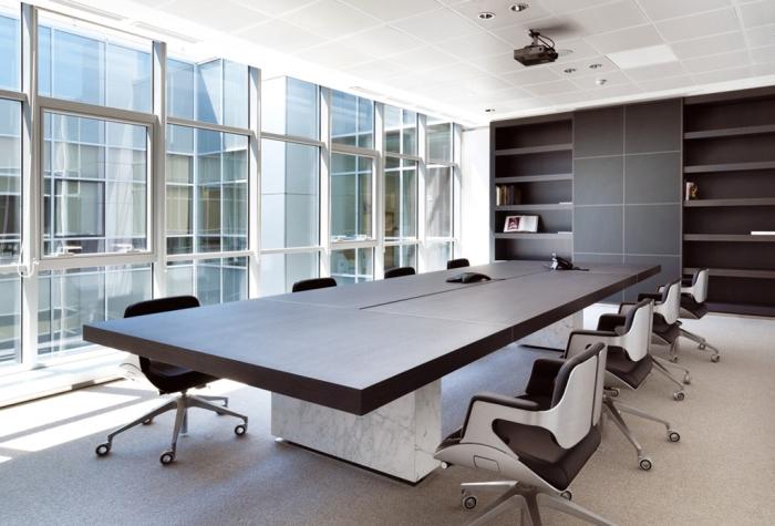 Tavoli riunioni di grandi dimensioni. Tavoli per meeting di alto livello, vendita e consegna ...