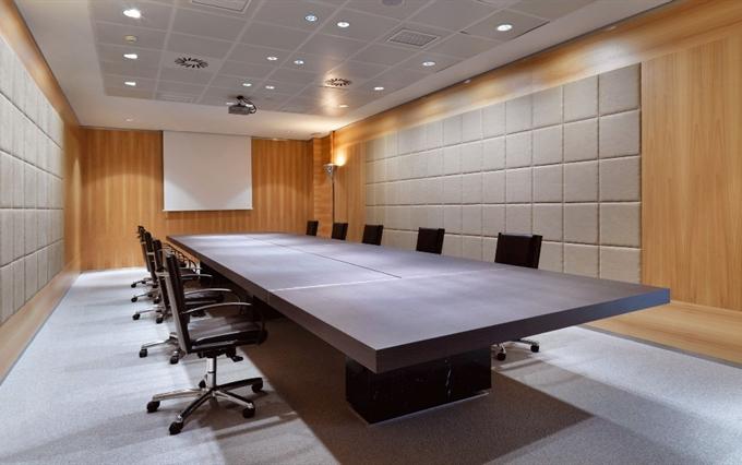 Tavoli riunioni di grandi dimensioni. Tavoli per meeting di alto ...