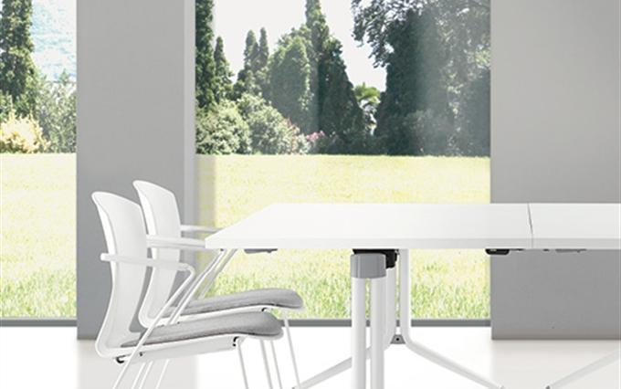 Ufficio In Poco Spazio : Tavoli pieghevoli per formazione per scuole. tavoli su ruote da