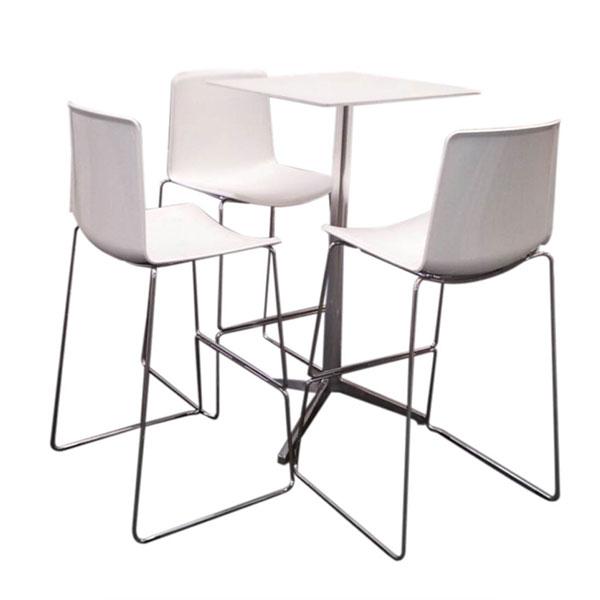 noleggio arredi per stand e fiere sedie, sgabelli, tavoli ...